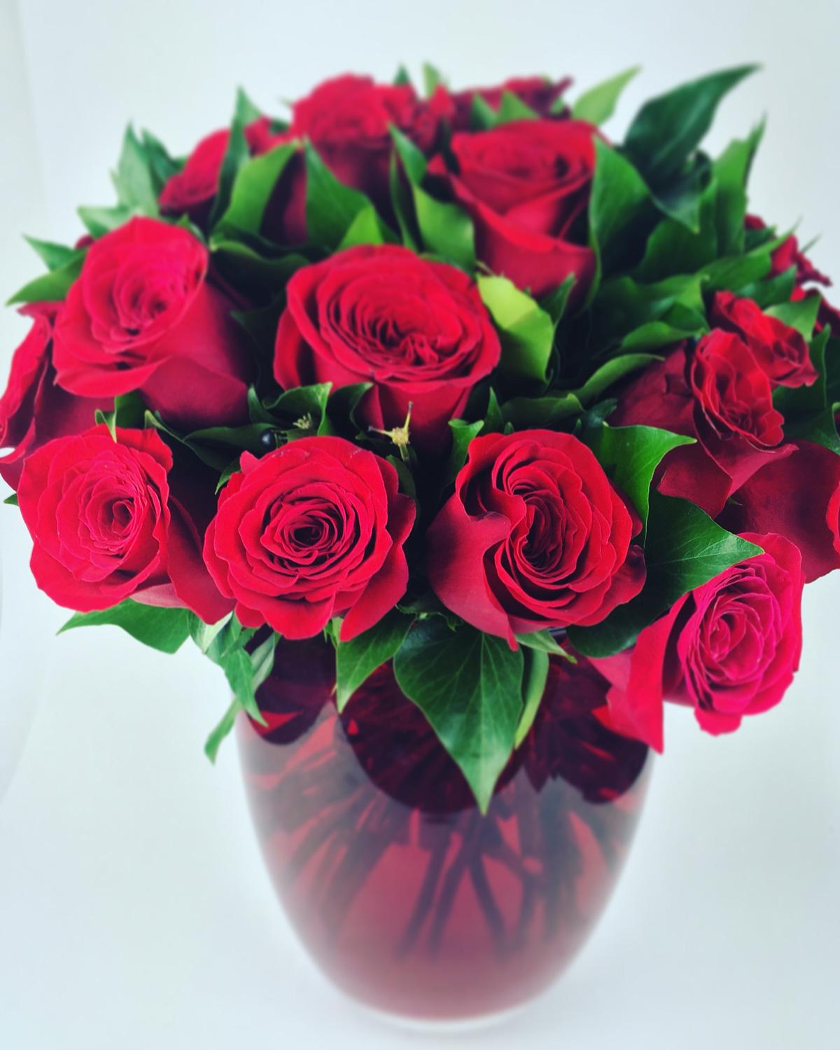 150 nuances de rose paris fleuri fleuriste prestige livraison interflora. Black Bedroom Furniture Sets. Home Design Ideas